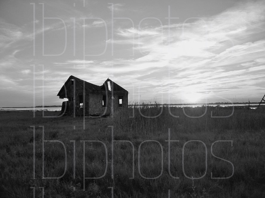 Long Beach Island (LBI) Happy Days Shack Sunset (BW)