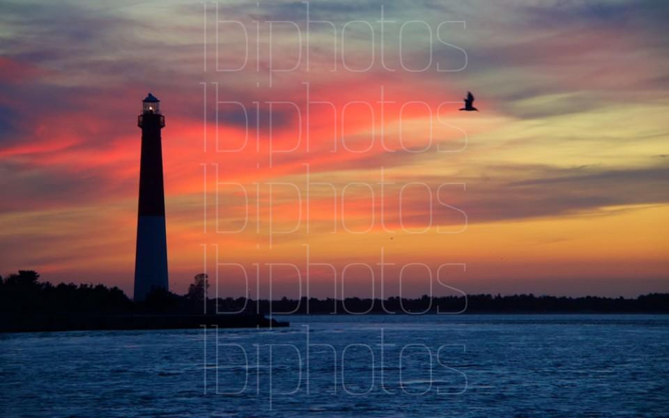 Lighthouse Pink Sky 01